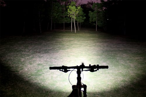 Fenix BT30R велофара