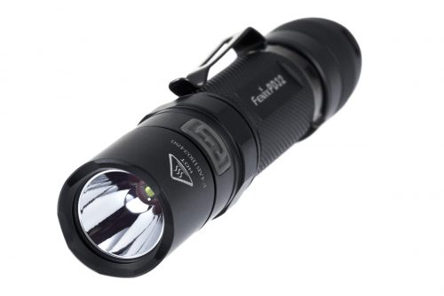 Fenix PD32 315lm компактный яркий фонарь