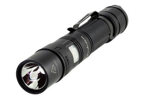 Fenix UC35 960 lm яркий аккумуляторный фонарь